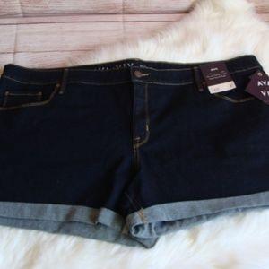 "AVA & VIV Midi Denim Jean Shorts size 24W 4"" Insea"